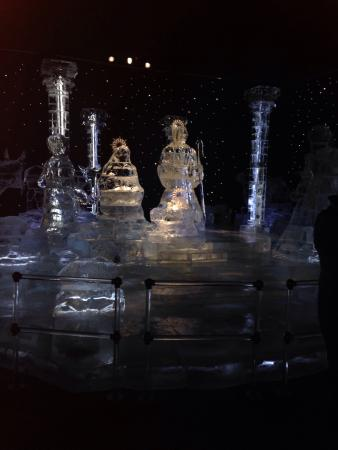 Gaylord Palms Resort & Convention Center: Ice! Exhibit