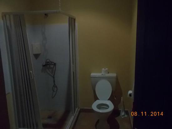 Vanuatu Holiday Hotel: salle de bain