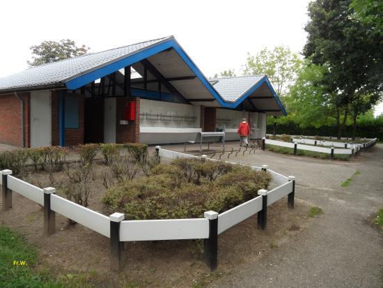 Broekhuizenvorst, Pays-Bas : Het sanitair gebouw .