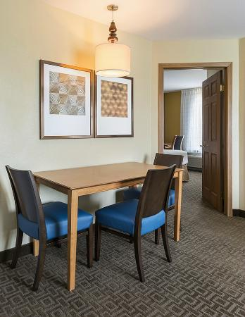 All suites at the TownePlace Suites Phoenix North include a convenient dining table.