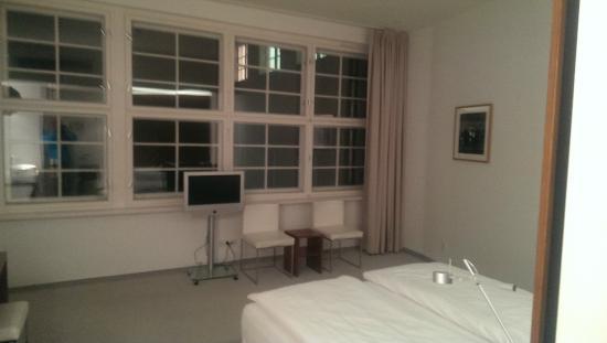 Ellington Hotel Berlin: Værelse (vistnok Deluxe)