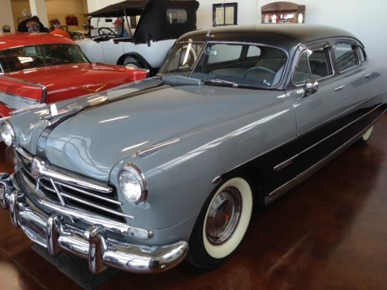 Swope's Cars of Yesteryear Museum: View of cars in Swope Museum