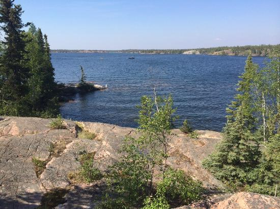 Capital Suites Yellowknife: Local lake