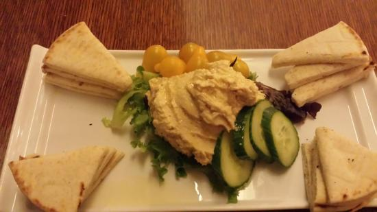 Emory Conference Center Hotel : Fantastic hummus & pita