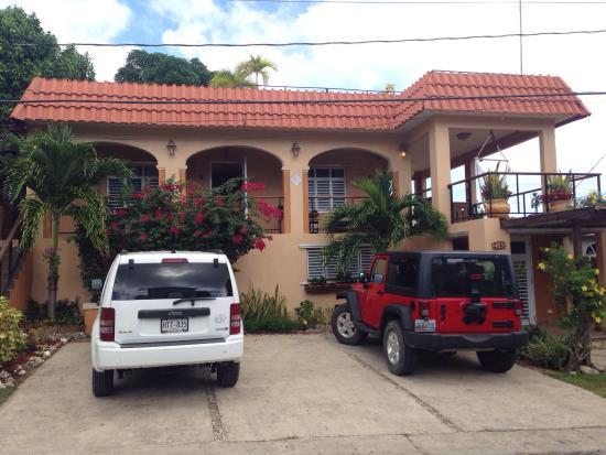 Villa Coral Guesthouse : Facade