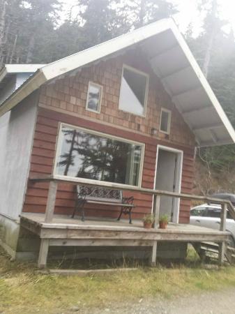 Beach Roadhouse: Cabin #1. SO cozy!