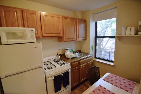 Brooklyn Suites: Full kitchen in Studio 3F at 331 State Street in Boerum Hill