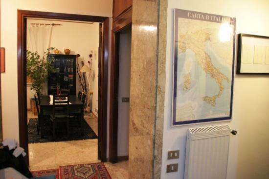 Vatican Vista Bed and Breakfast: Inside Apartment