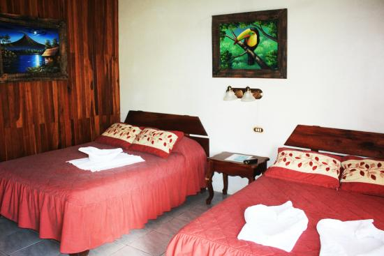Hotel Arenal Rossi: Habitacion 107
