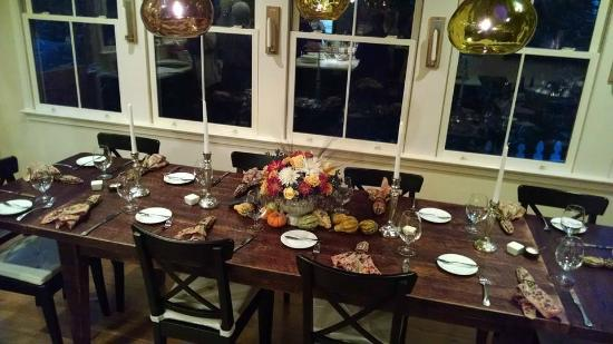 Foster Harris House: The Re-Invent Thanksgiving cooking class dinner table