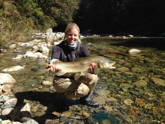 Stonefly Lodge : 7.5 pound brown trout