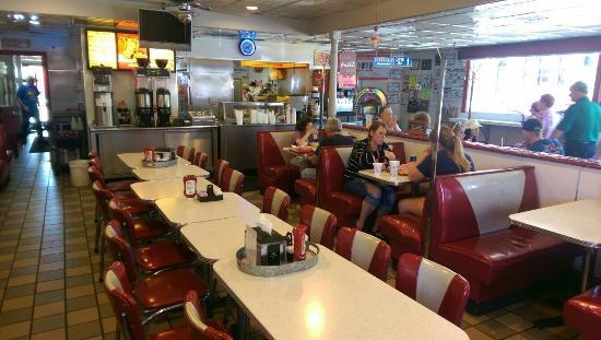 Spot Restaurant : Dining area