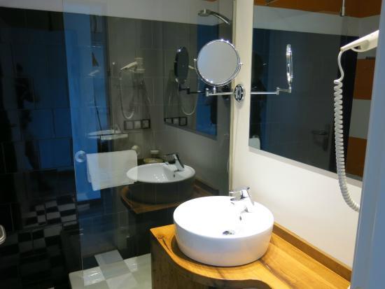 Hotel Restaurante El Lacayo de Sestiello: Bathroom