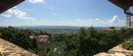 โฮเต็ล เบลเวเดีย: This is a panoramic view from the sumptuous terrace