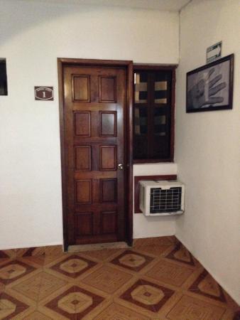 Hotel Azul : Avoid this room - room #1