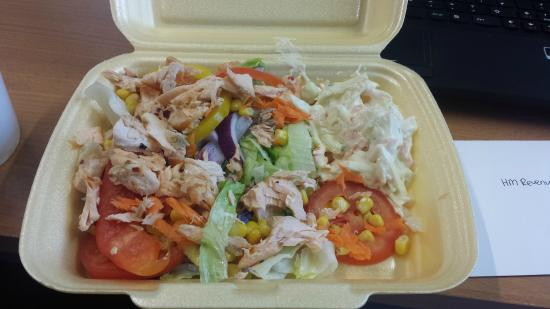 Pappa Caffs: Salmon salad