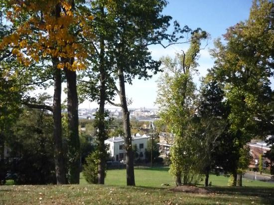Frederick Douglass National Historic Site: La veduta dalla collina