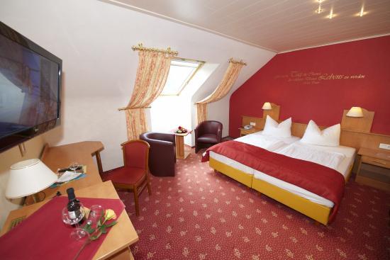 hotel die kleine blume bewertungen fotos preisvergleich erfweiler deutschland. Black Bedroom Furniture Sets. Home Design Ideas