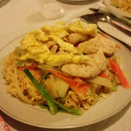 Nam Thanh Homestay: Dinner. Noodles with veggies