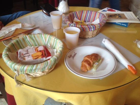 Hotel Genzianella: El genial desayuno