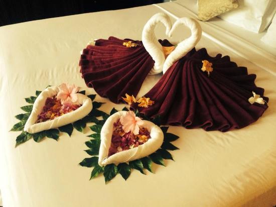 IndoChine Resort & Villas: Honeymoon Set Up