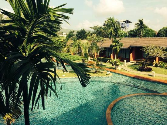 Mai Morn Resort: The Pool