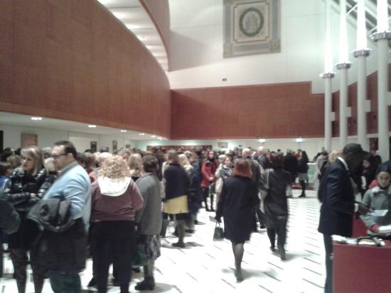 Teatro degli Arcimboldi: La hall