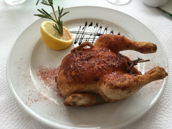 Brasserie Bärengraben: Rosemary chicken-oh, so tender!