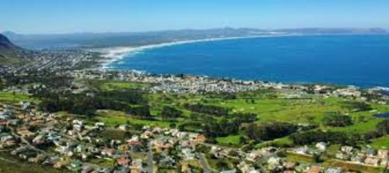 Hermanus Golf Club: View from Top of the Mountain