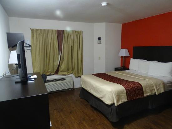 Red Roof Inn Austin - Round Rock: chambre nette, propre