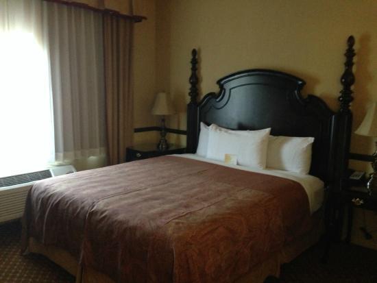 Ayres Suites Ontario Mills Mall : Room #1