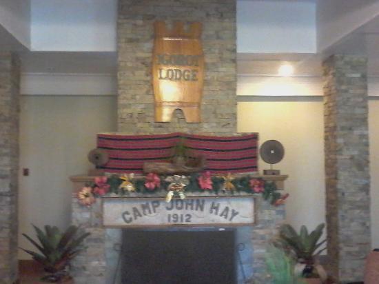AIM Igorot Lodge: lobby