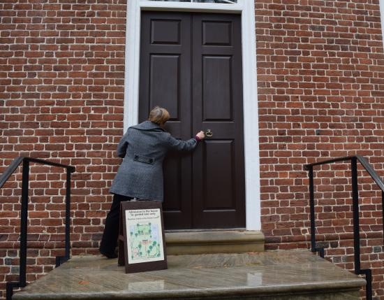 Kenmore Plantation and Gardens: Camera shy Linda locking the door at the end of our tour.