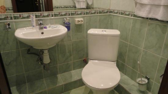 Nevsky Mayak Hotel : Banheiro