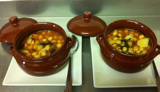 Cocina Casera | Cocina Casera Garbanzos Con Careta De Cerdo Picture Of Ca La