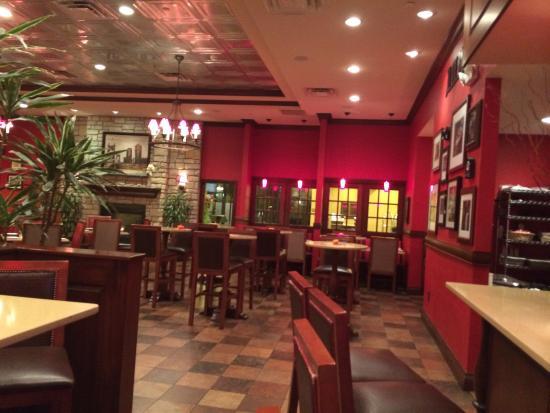 DoubleTree by Hilton Cincinnati Airport Hotel : Restaurant