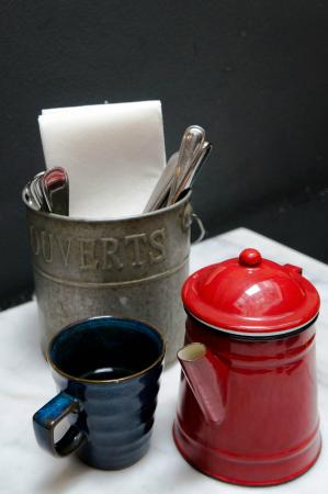 Cafe & Bar Gavroche: pot of black coffee
