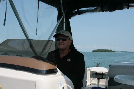 Wa-Wen Resort: Pontoon Boat ride - Drummond Island