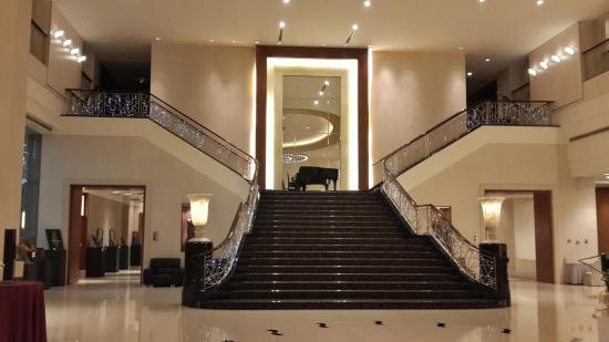 Tayih Landis Hotel Tainan : 氣派大廳