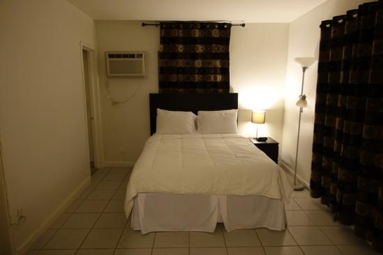 Oasis Hotel: Room 17