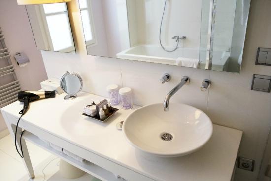 Le Placide: Salle de bain