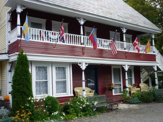 Asta's Swiss Inn: Summer in Vermont