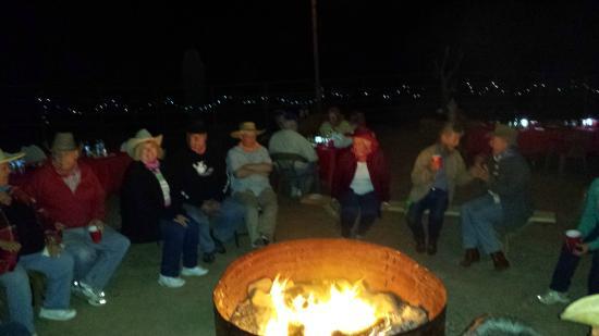 Corral West Horse Adventures : Cozy campfire