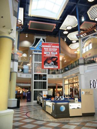 Douglasville Mall Food Court