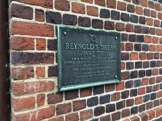 Reynolds Tavern: Historical Plaque