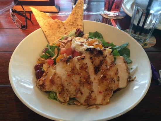 Bahama Breeze: Chicken and Fruit Salad