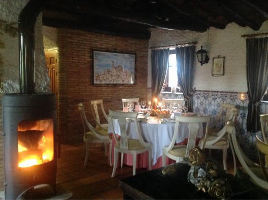 Cehegin, Испания: Comedor con chimenea