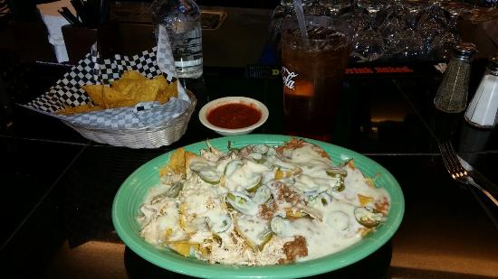 Peppers Mexican Grill and Cantina: Nachos Grande, minus lettuce, tomatoes, and sour cream.  Add jalapeño.