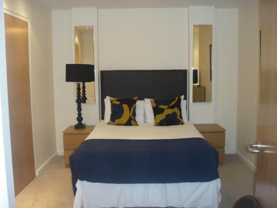 Princes Street Suites : bedroom