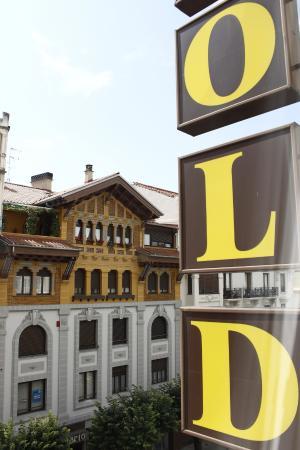Yoldi Hotel: Vista do Quarto